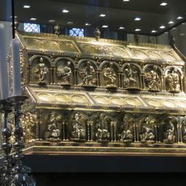 sarkophag im Kölner Dom
